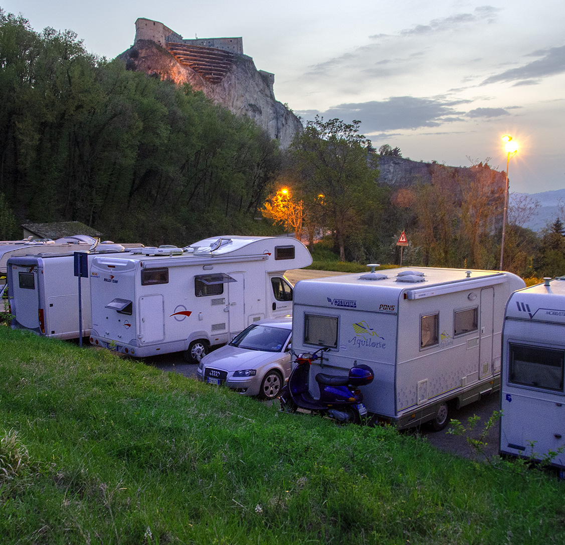 Camperplaats bij San Leo, Italië