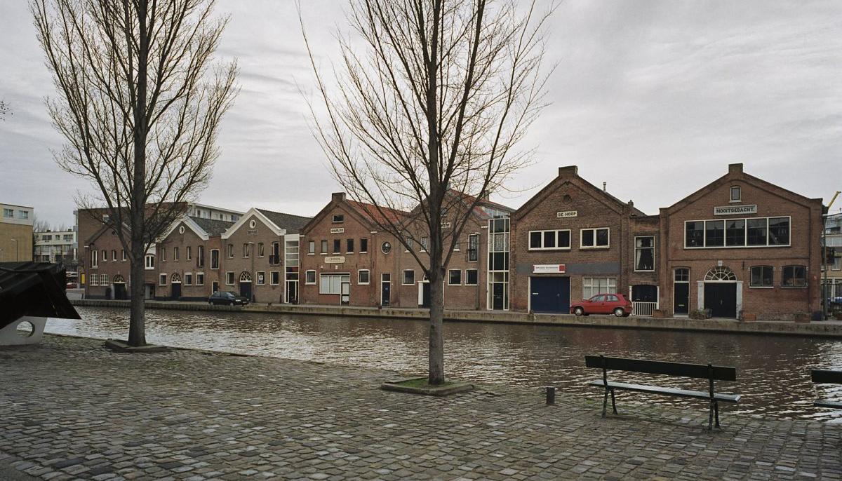 Schiedam, branderijgebouwen Noordvestsingel