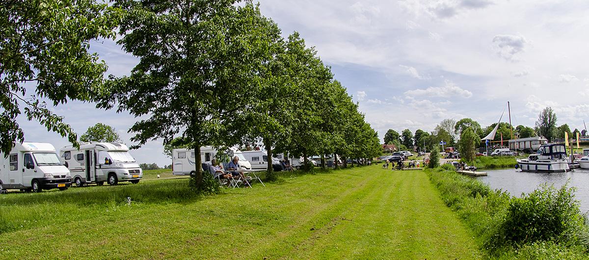 Camping bij Jachthaven Marina in Hattem